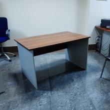 Стол прямой, 130x60x75 см